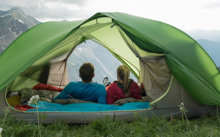 People welcome the warmer months when they can take off on mini-adventures and pitch up their tent to enjoy the great outdoors. & Welcome to the Nikwax blog » Tent u0026 Gear SolarProof
