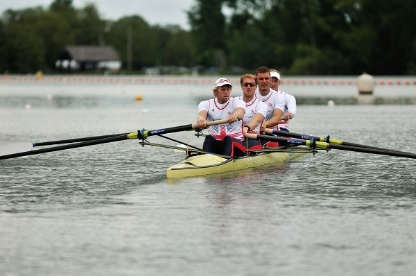 Nikwax and British Rowing team up