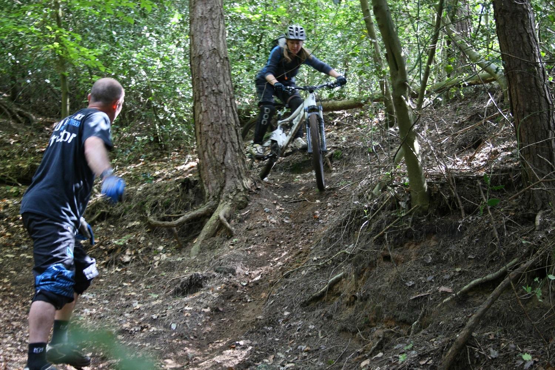 mtb-instruction-womens-specific-mountain-bike-skills-training-technical-skills
